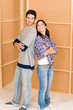 Dettagli della fotografia Home improvement young happy couple new house