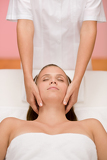 Fotografia Body care - woman facial massage