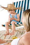 Photo Beach - Mother with child with ice-cream cone