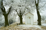 village chapel in winter02