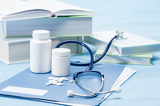 Fotografia Doctor accessories and medications