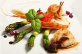 Fotografie lobster with asparagus