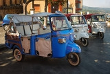 Photo tourist taxis in the south of italy
