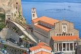 Fotografia detailed view of the memorial church in scilla
