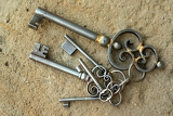 Fotografia set of antique old fashioned keys