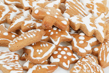 Fotografia homemade christmas gingerbreads on white background