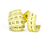 Fotografia yellow measuring tape isolated on white background
