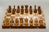 Fényképek chess board focus to white king and queen on white background