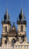 Photo the church of our lady before tyn from old town square stare mesto prague czech republic build in 15th century building completed in 1511y