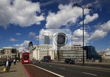 Fotografie City. Most, sky, clouds and transport. London - England.