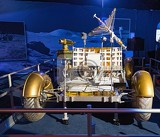 Photo Lunar Rover