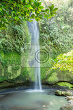 Fotografie small and beautifull tomohon selatan waterfall in sulawesi manado indonesia