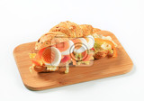 crispy roll with boiled egg pepper and lettuce