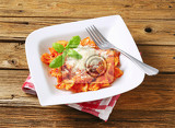 bowtie pasta with tomato sauce and parmesan