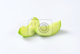 Fotografie fresh green apple wedges  studio shot