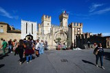 Fotografia The town, castle, fort, people, transportation, landmark, Italy.