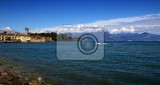 Fotografia The town, castle, fort, ship, transport, Lake, Italy.