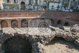 Fényképek catania italy  jul 25 2016 remains of the roman amphitheater at the piazza stesicoro stesicoro square cataniaitaly