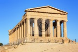 Fotografie the famous temple of concordia in the valley of temples near agrigento sicily