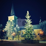 Fényképek beautiful night winter photo christmas tree with church and snow