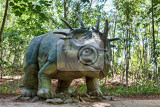 Photo big model of prehistoric dinosaur styracosaurus in nature realistic scenery
