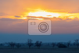 Fotografia sunset landscape of hortobagy landscape hortobagy national park hungary puszta europe wildlife unesco world heritage site