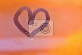 Fotografie heart painted with finger on foggy window