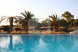 Fotografie modern hotel and swimming pool from greece