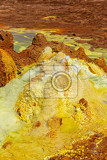 Fotografie beautiful small sulfur lakes dallol ethiopia danakil depression is the hottest place on earth in terms of yearround average temperatures it is also one of the lowest places on the planet